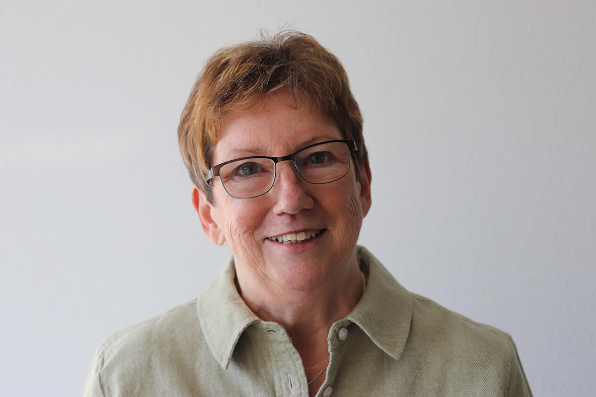 Inge Beck, Kassiererin